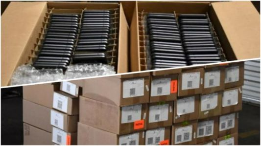 USA Seized Over 4,000 Counterfeit Smartphones Coming From China