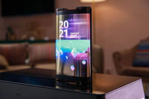 TCL's CSOT Shows Off Two Rollable Display Prototypes At CES 2021