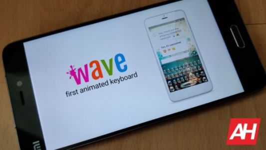 'Wave Keyboard Background' Is An Animated Keyboard For Your Smartphone
