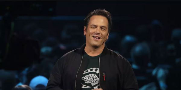 Phil Spencer is Apparently Playing the Next-Gen Xbox Scarlett at Home