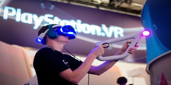 How PS5 Could Improve Upon PSVR2 | Game Rant