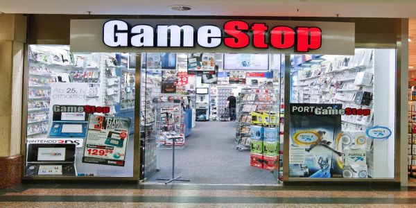 GameStop Blames Struggling Sales on PS5 and Next Xbox | Game Rant