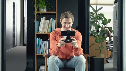 Here Is How Gaming On Sony Xperia 1 II Is Possible Without Using Battery