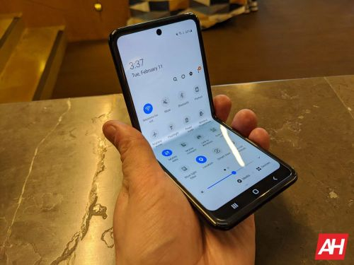 Next-Gen Galaxy Z Flip To Be Cheaper, Come With 120Hz Display