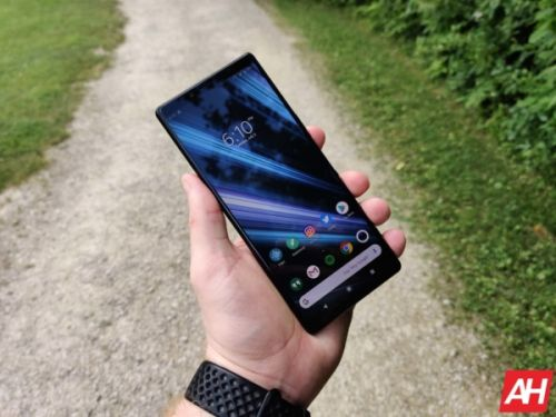 Android 10 Rolling Out To Sony Xperia 1 & Xperia 5 Flagships