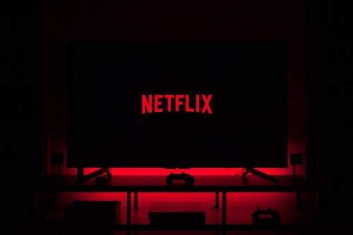 Netflix To Reportedly Start Offering Video Games, Hires Former Head Of EA Mobile As VP Of Game Development