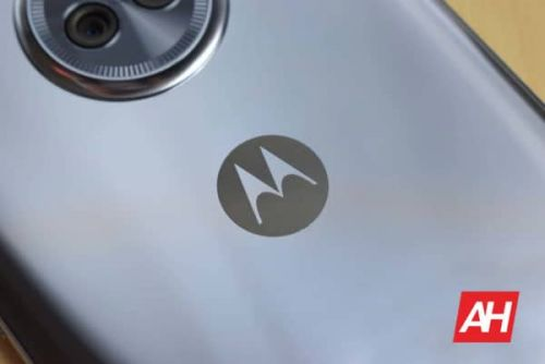 Motorola Razr (2020) 5G Live Images Show An Updated Design