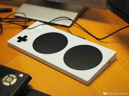This homemade accessibility controller makes the Xbox Adaptive Controller work with the Switch