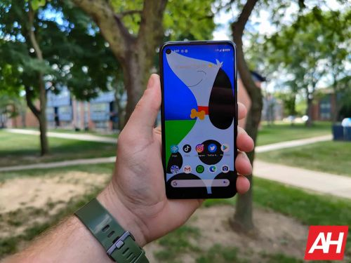 Top 7 Best Smartphones For Back To School 2020