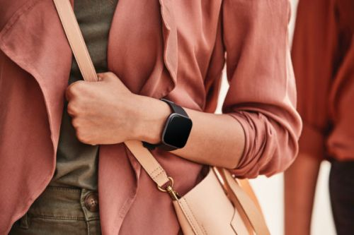 The Brand New Fitbit Versa 2 Is Now Just $129, Its Lowest Price Ever