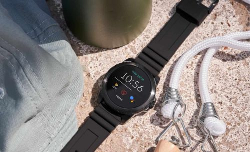 Don't Look Now, But These Fossil Smartwatches Are Super Cheap