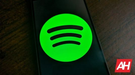 Spotify's New Feature Makes It Super Simple To Find The Best Podcasts